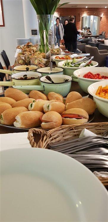 ארוחה קלה בכנס